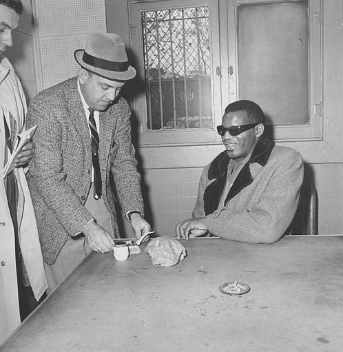 Charles_Ray_arrested_in_Indianapolis_Nov_1961_AP_Photo