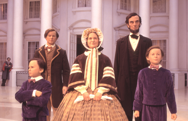 Lincoln_Family.in_Abraham_Lincoln_Museum