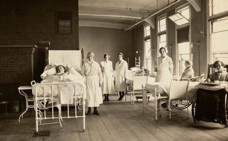 z vintage-nurses-in-boston