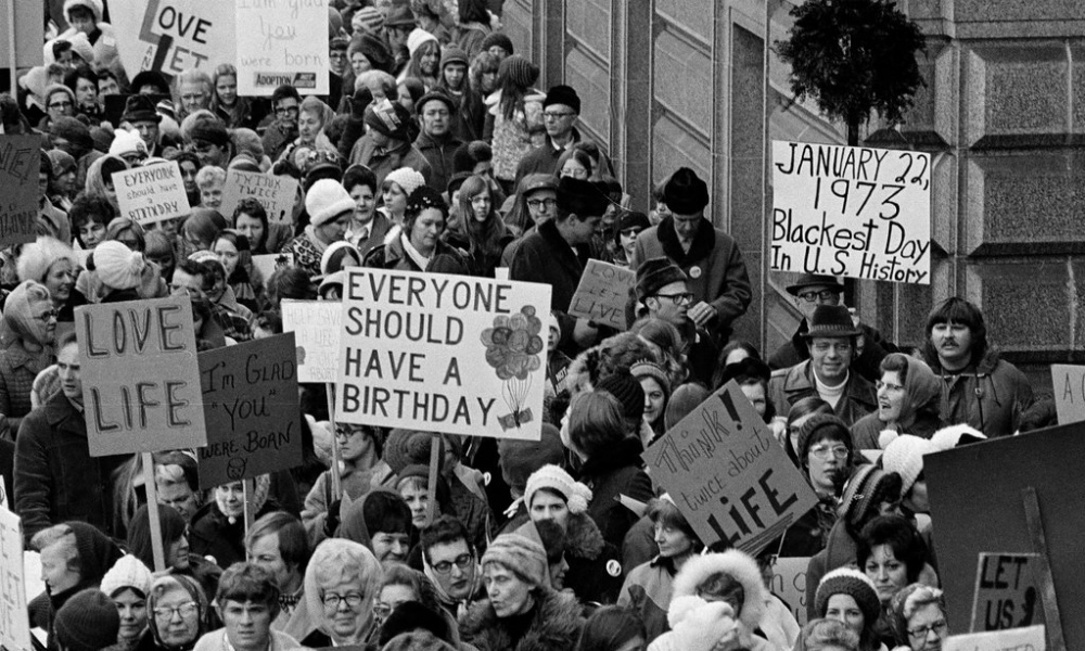 kevin-swanson-talks-about-the-coming-45th-anniversary-of-roe-vs-wade-and-other-predictions-for-2018