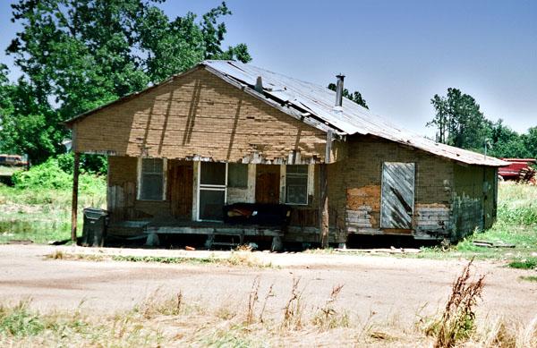 z Robert-Johnson-Death-shack